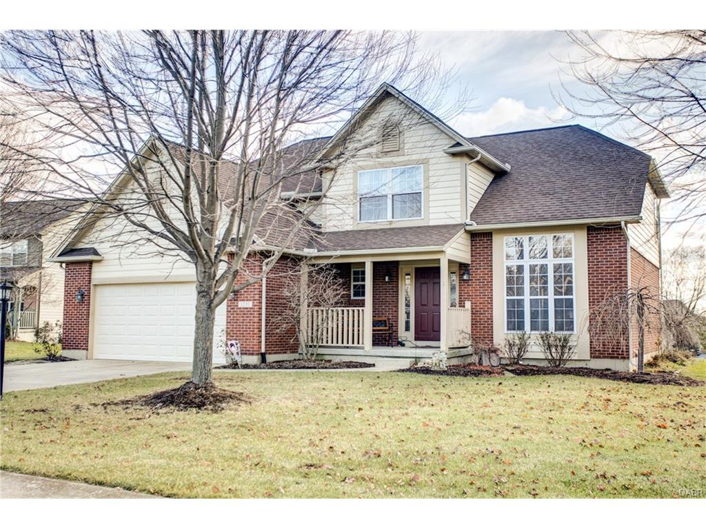 1237 Ravelle Ct Bellbrook, OH