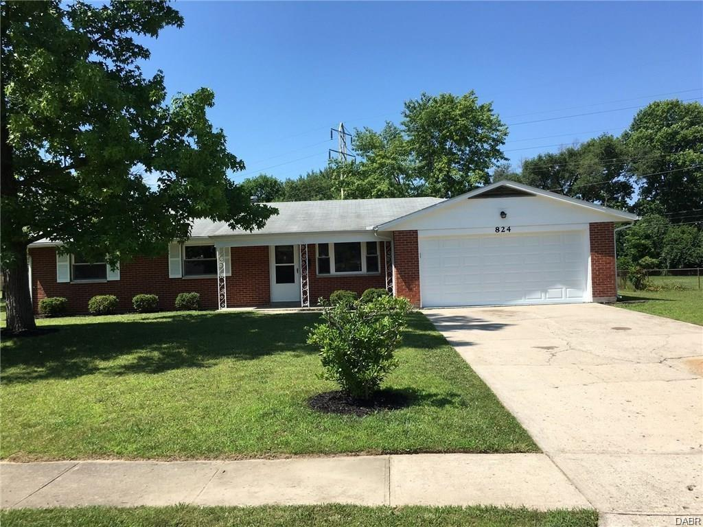 824 Hile Ln Englewood, OH