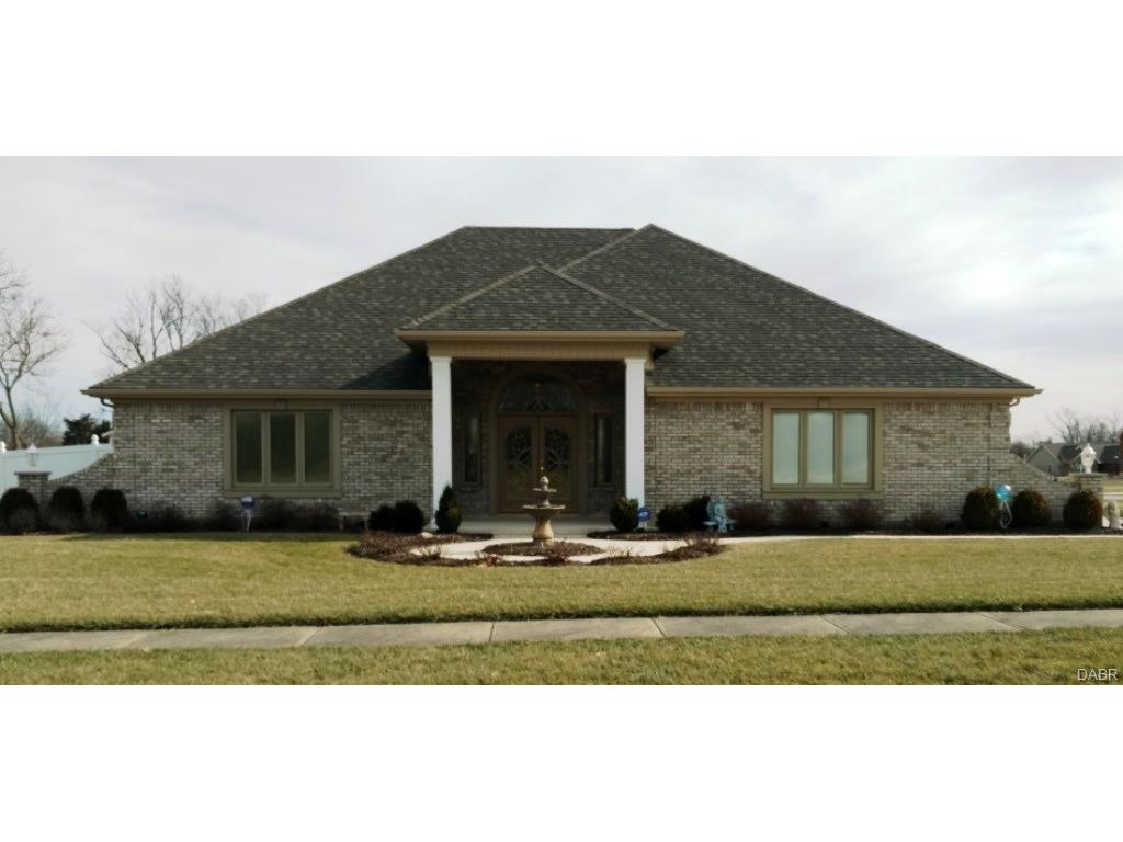 51 Country Ln Farmersville, OH