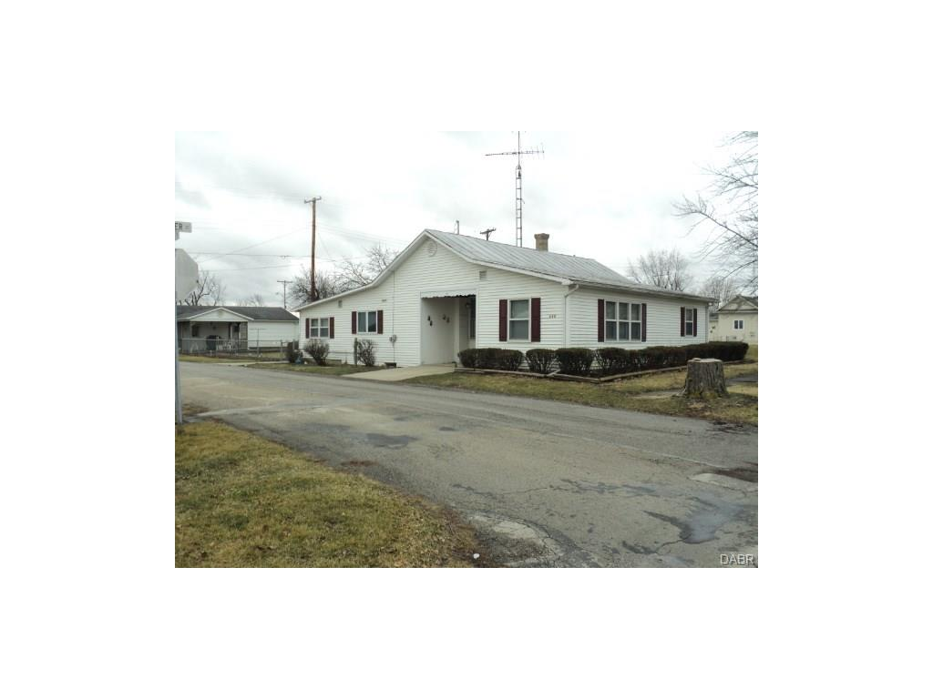 323 W Weller St Ansonia Oh 45303 Listing Details Mls
