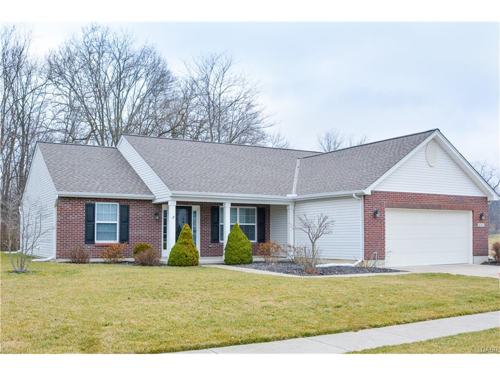 616 Colony Trl New Carlisle, OH