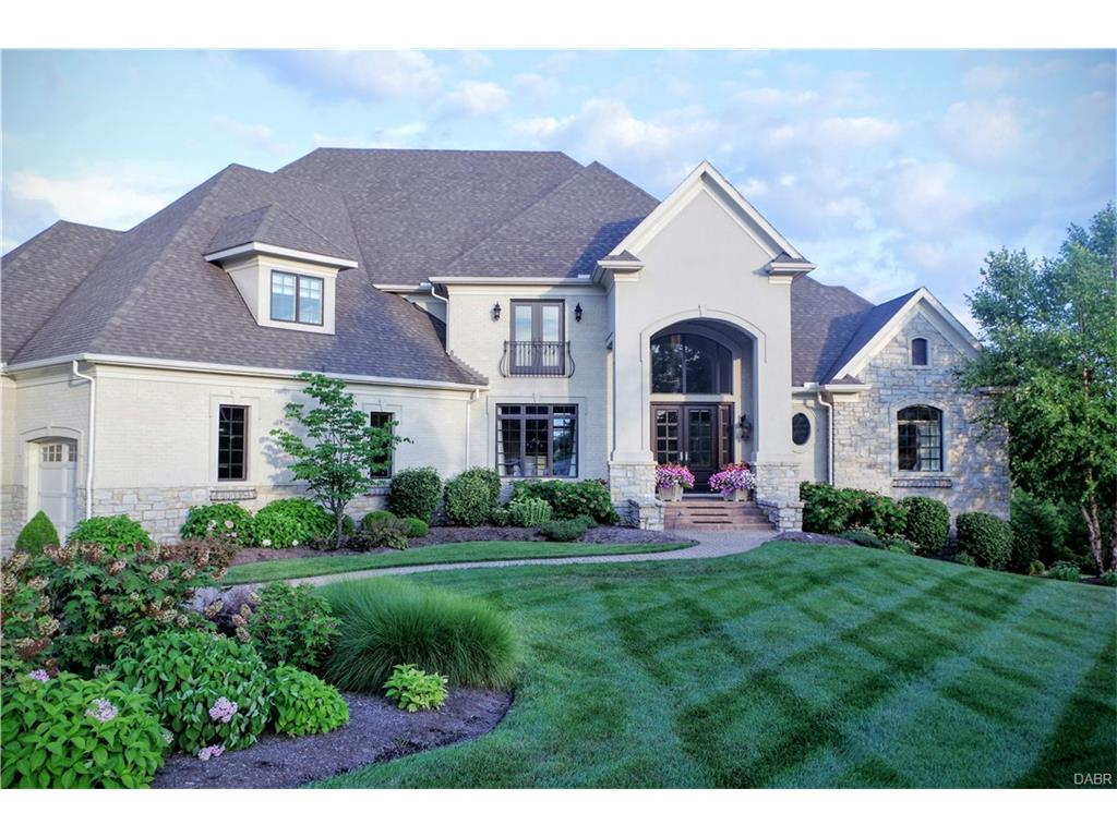 8097 Country Brook Ct Clearcreek Township, OH