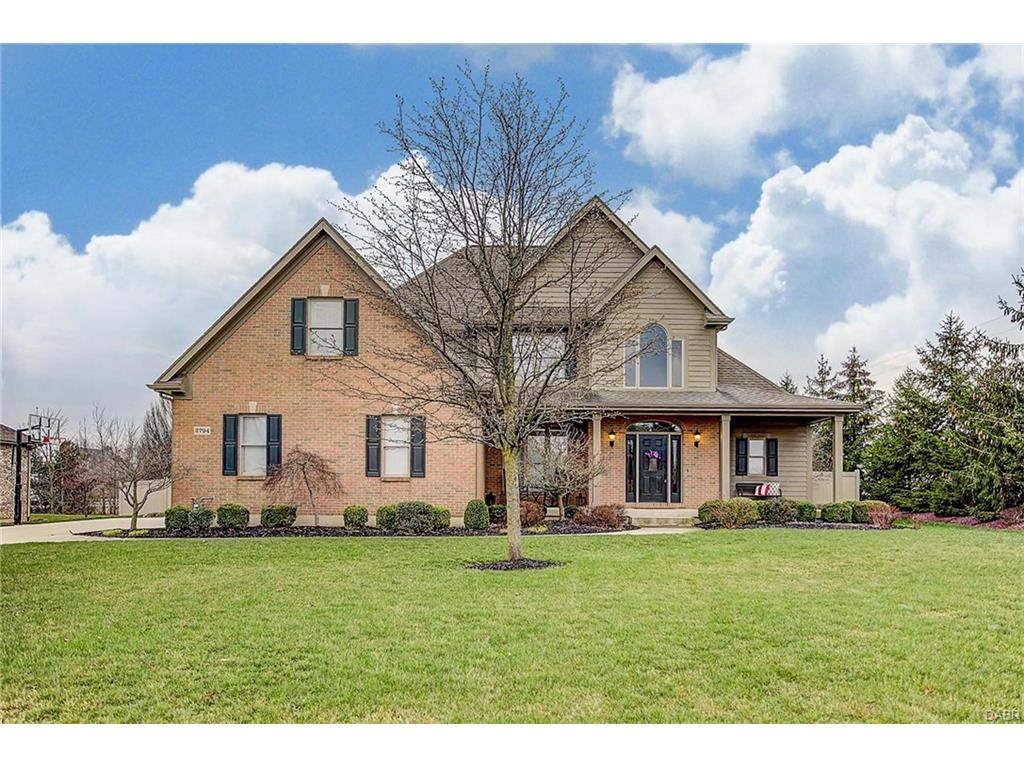 2794 Meadowpoint Dr Troy, OH