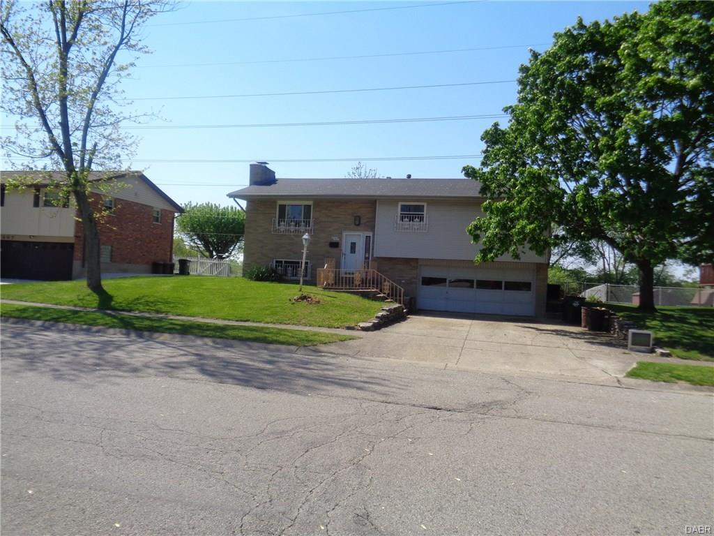 647 Dunaway St Miamisburg, OH