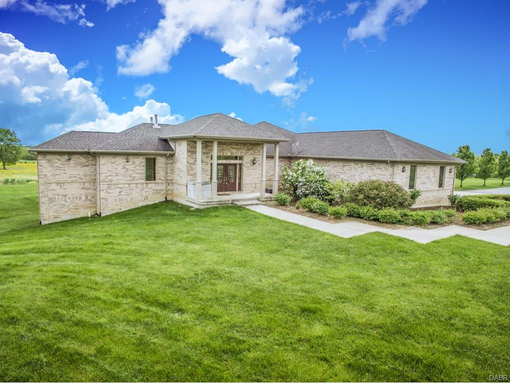 3880 Middle Run Rd Sugarcreek Township, OH