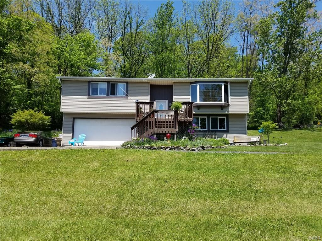 2465 Schnebly Rd Spring Valley, OH