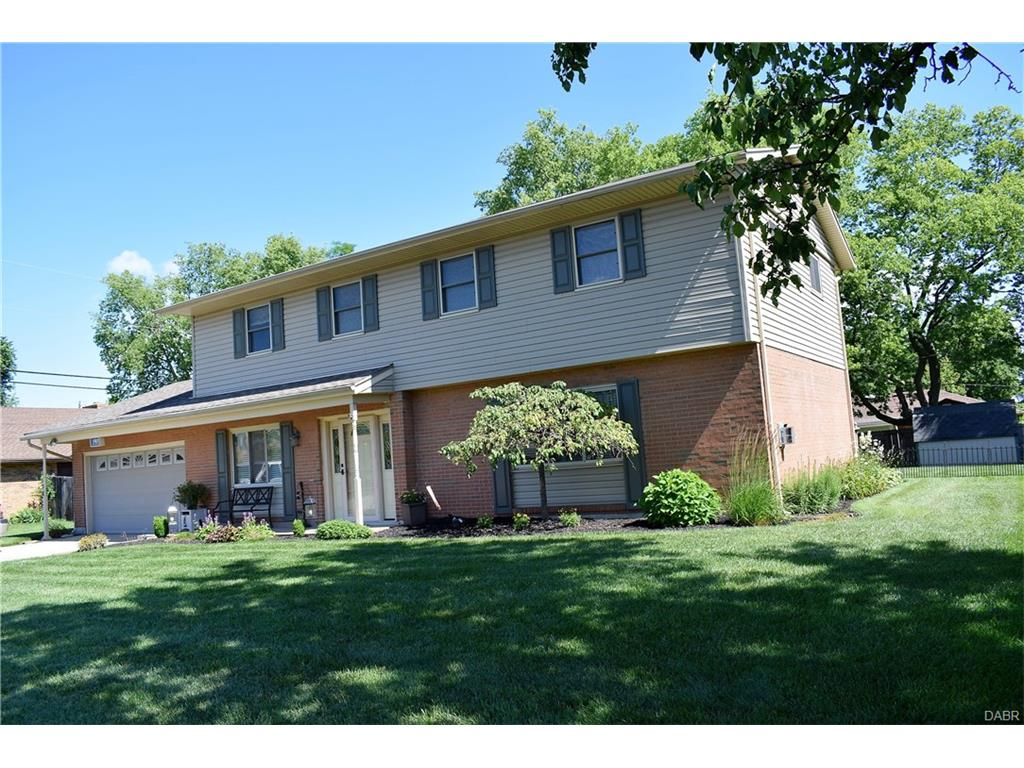 233 Lake Forest Dr West Carrollton, OH