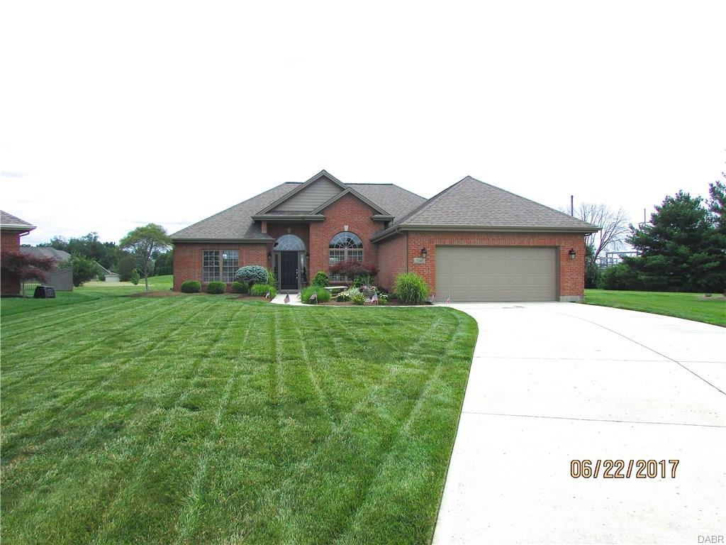 3940 Carmela Ct Bellbrook, OH