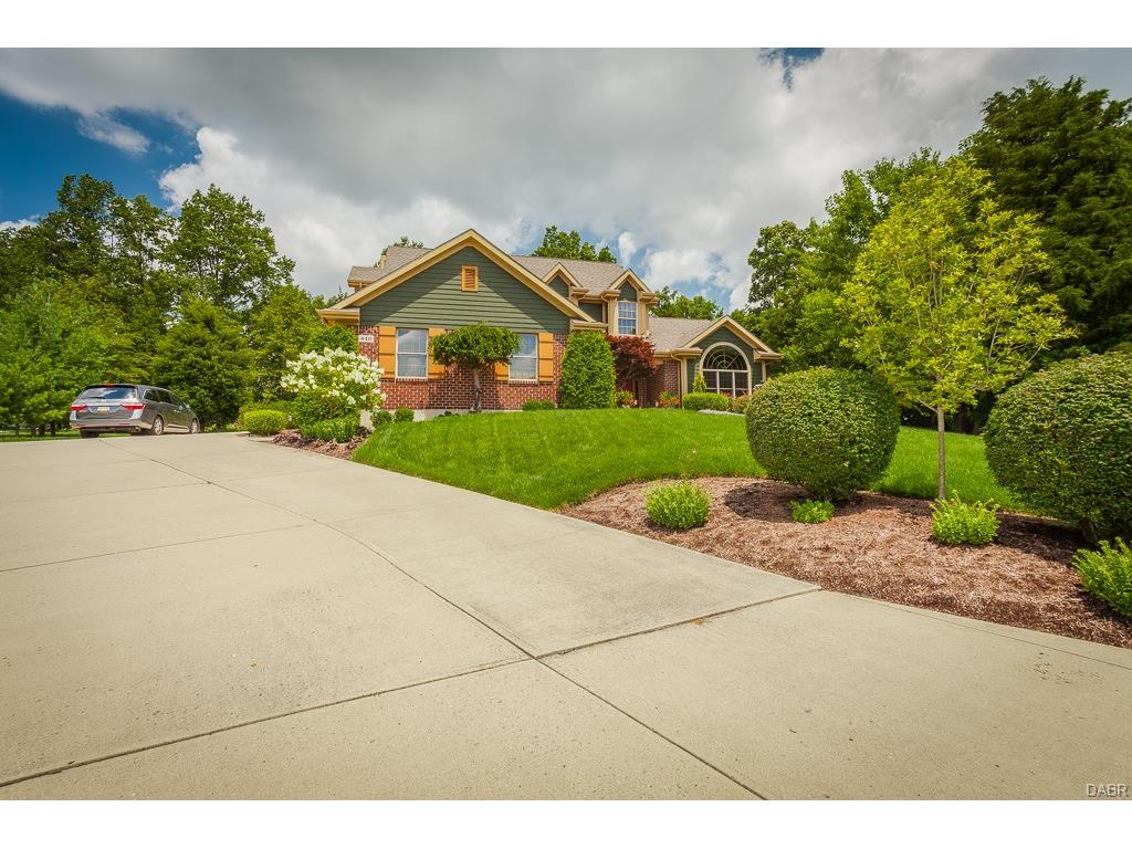 440 Chapel Dr Clearcreek Township, OH