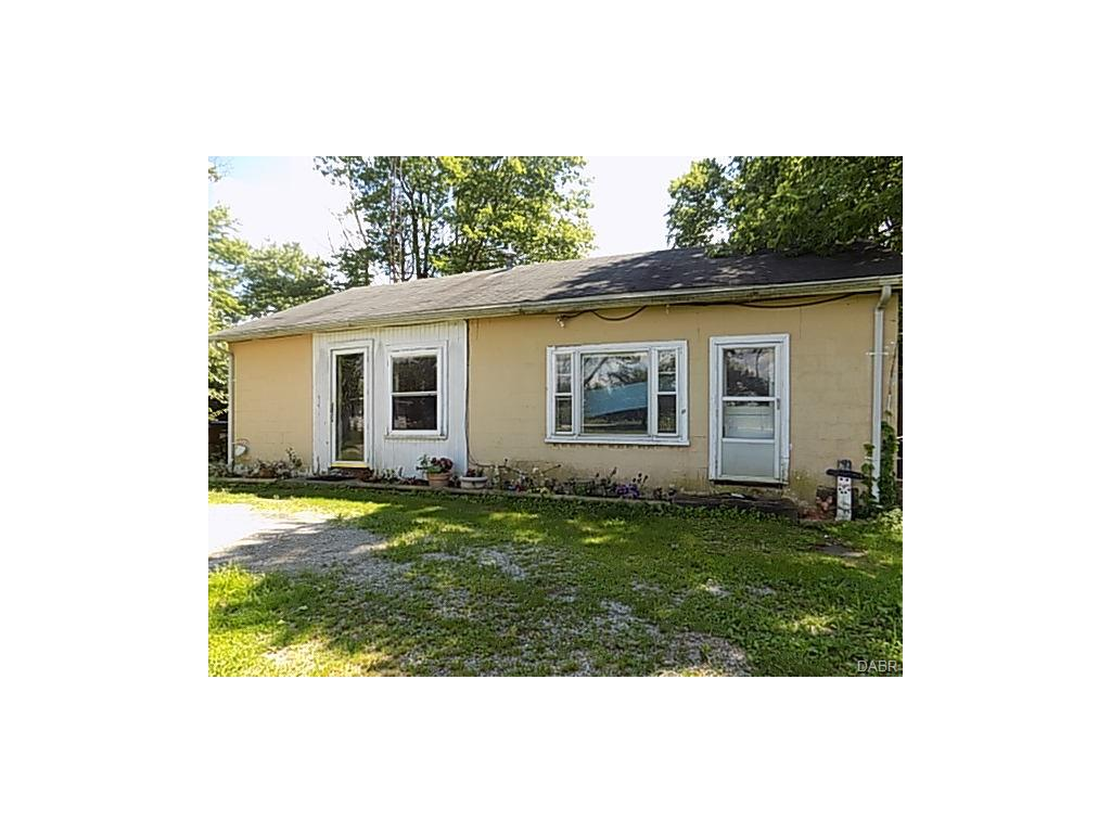 real estate photo 1 for 2241 Rush Rd New Madison, OH 45346