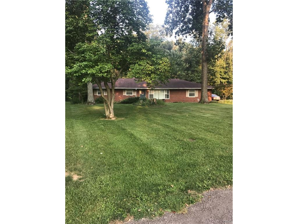 120 Woodland Dr Eaton, OH