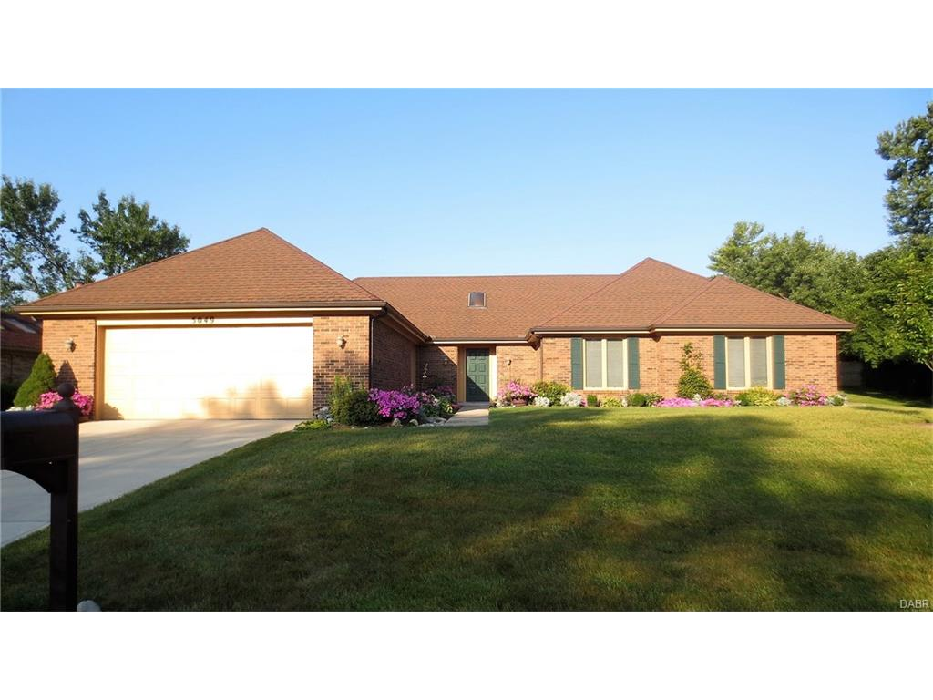 5049 Pebble Brook Dr Englewood, OH