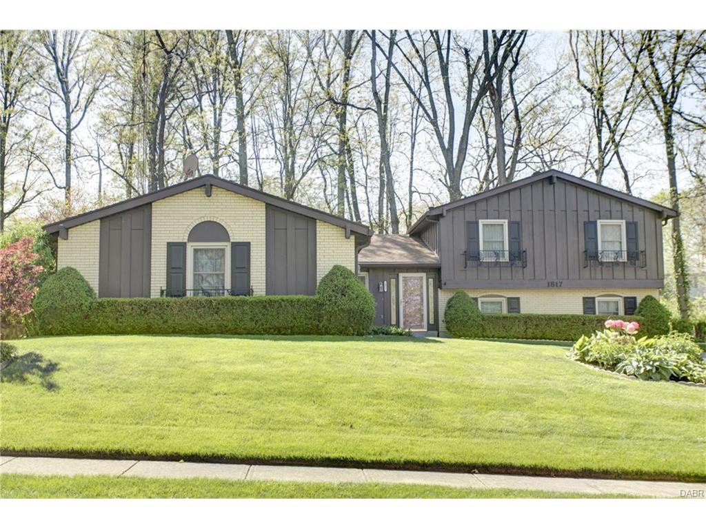 1817 Southlawn Dr Fairborn, OH