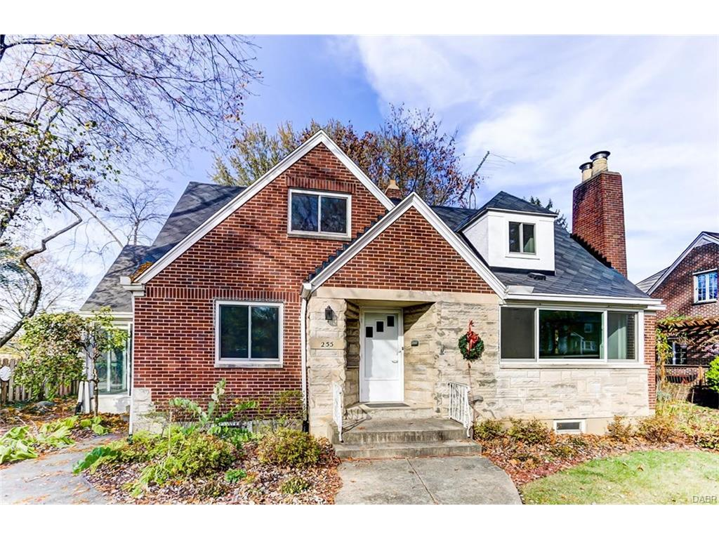 255 Ridgewood Ave Oakwood, OH