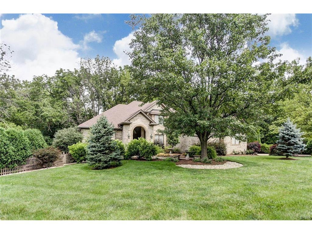 2834 River Edge Cir Sugarcreek Township, OH