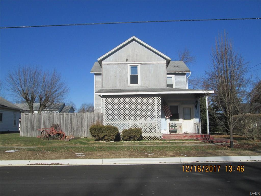 real estate photo 1 for 227 W Main St Verona, OH 45378
