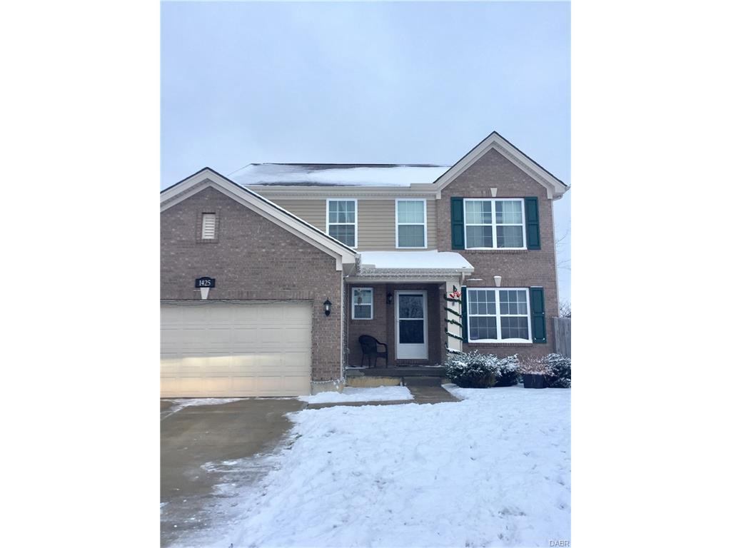 1425 Hunter Ct Troy, OH