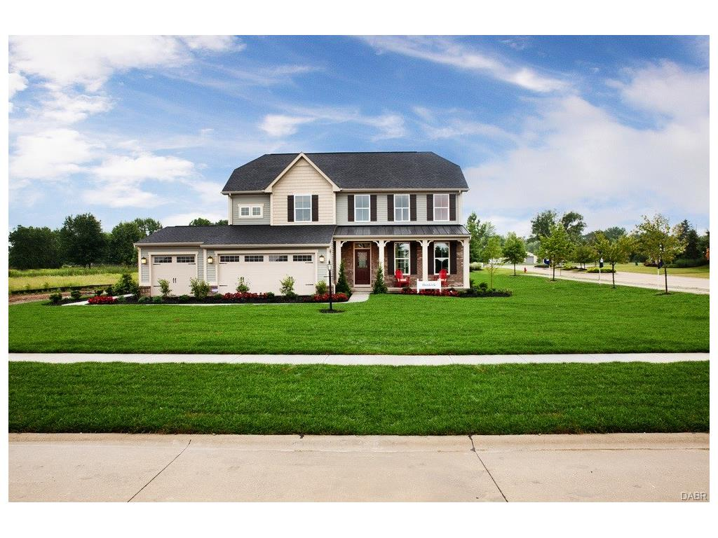 1140 Red Maple Dr Troy, OH