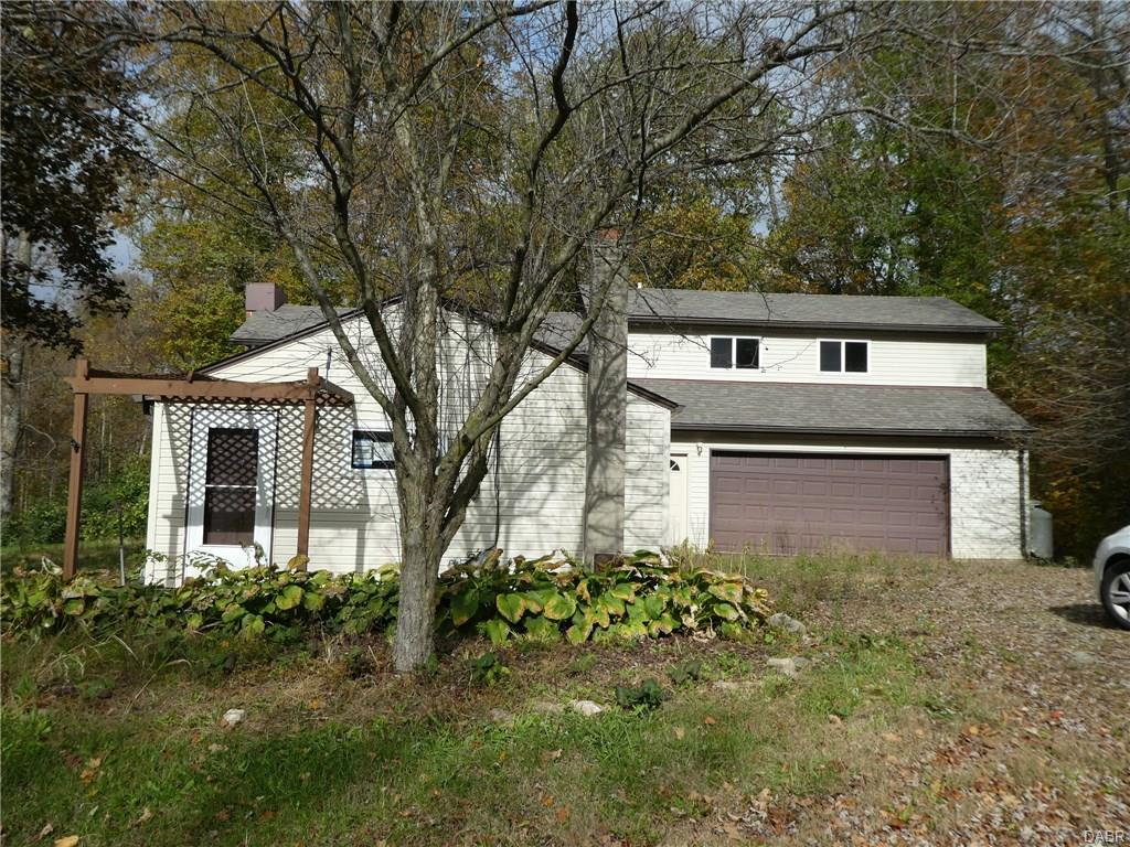 11658 Scenic Dr Conover, OH