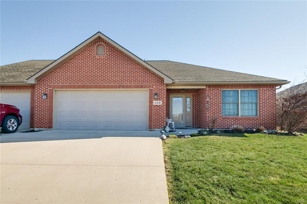 123 Pipers Pine Dr Pleasant Hill, OH