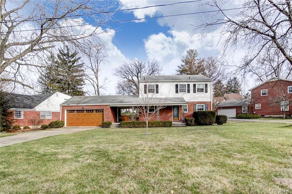 822 Tanglewood Dr Springfield, OH