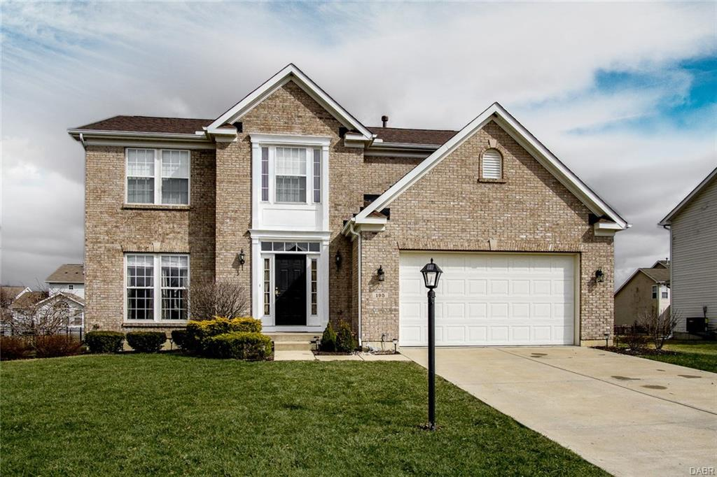 195 Irongate Dr Englewood, OH