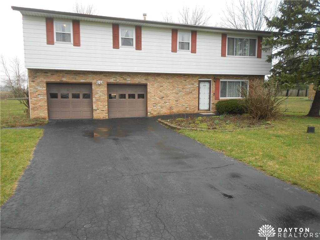 4781 Willowdale Rd Springfield, OH