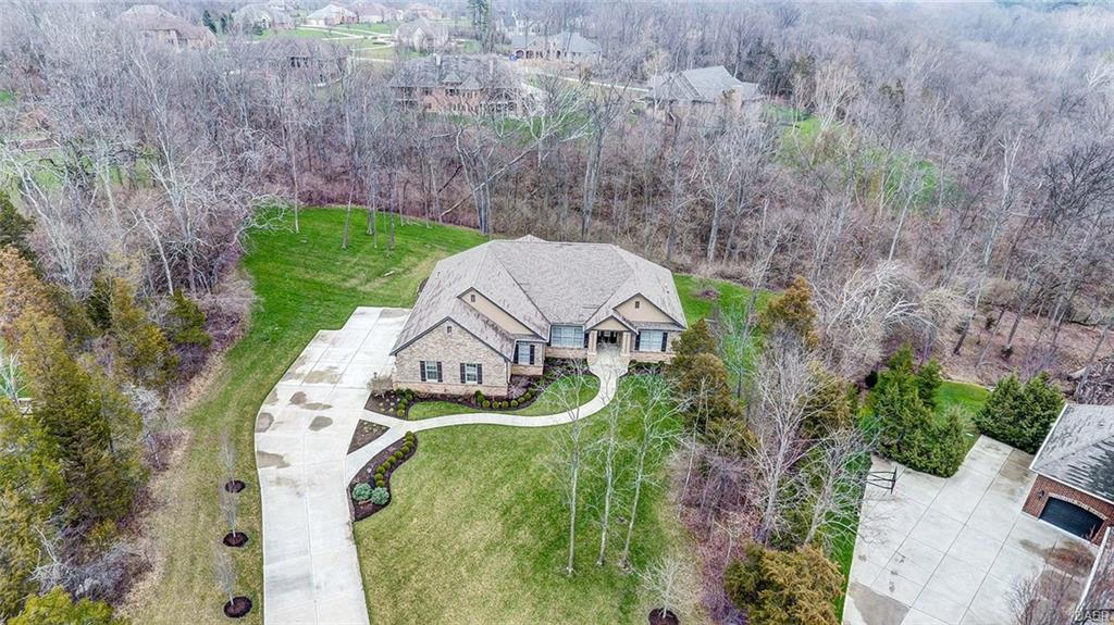 856 Willow Oak Ct Clearcreek Township, OH