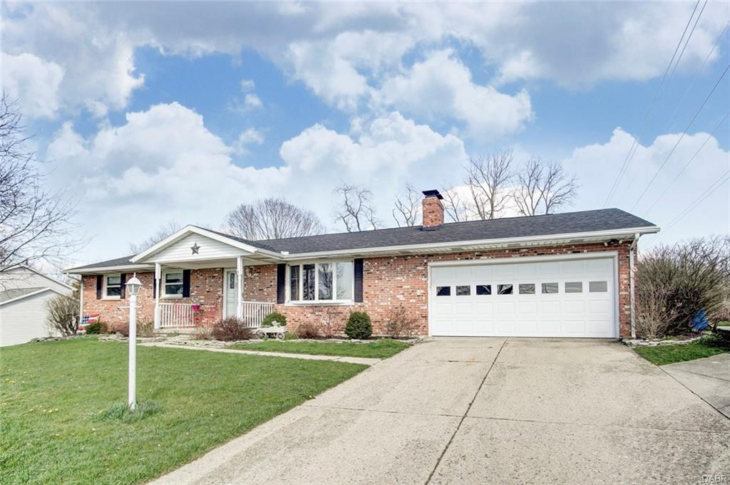 728 Suncrest Dr Springfield, OH