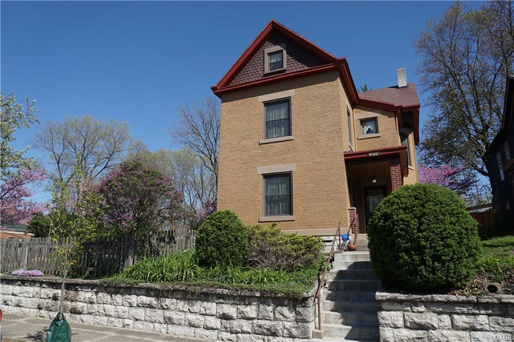1625 E 4th St Dayton, OH