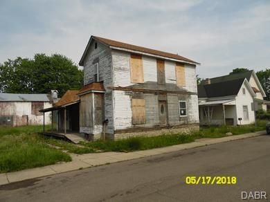 85 N 2nd St Camden, OH