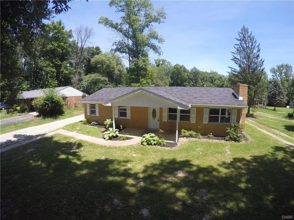 446 Woodside Dr West Alexandria, OH