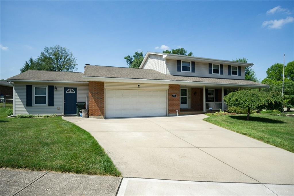 725 Fountain Abbey Place Miamisburg, OH