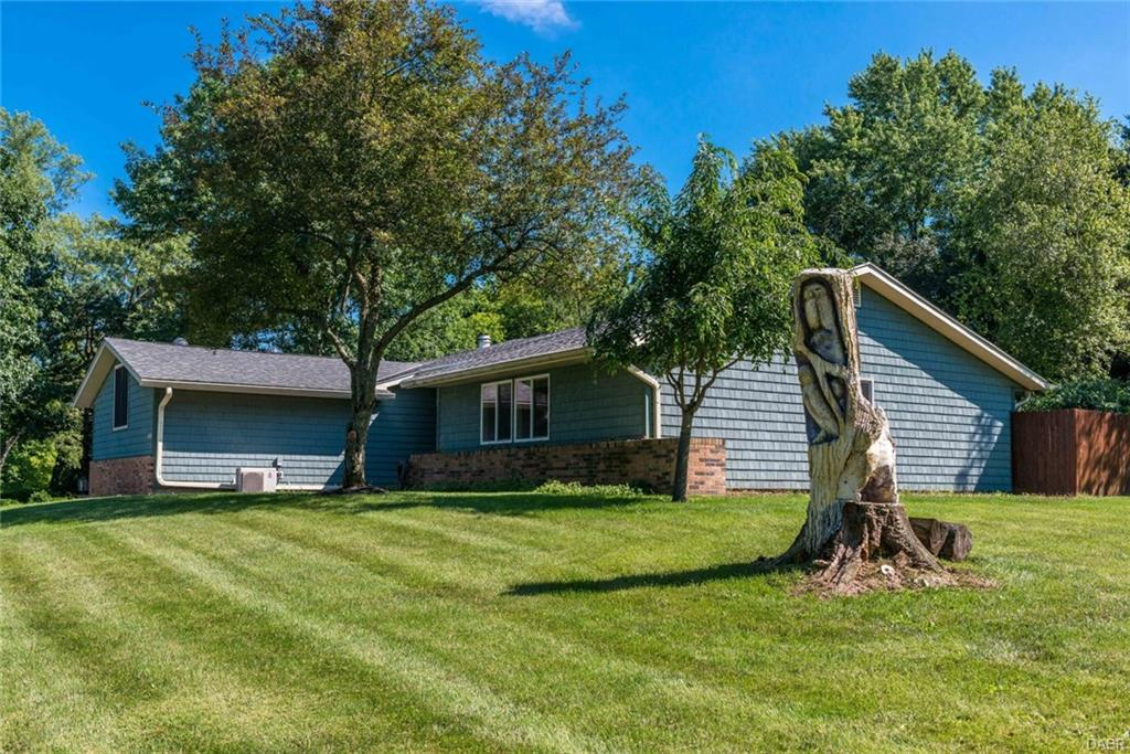 1730 Southview Dr Yellow Springs, OH