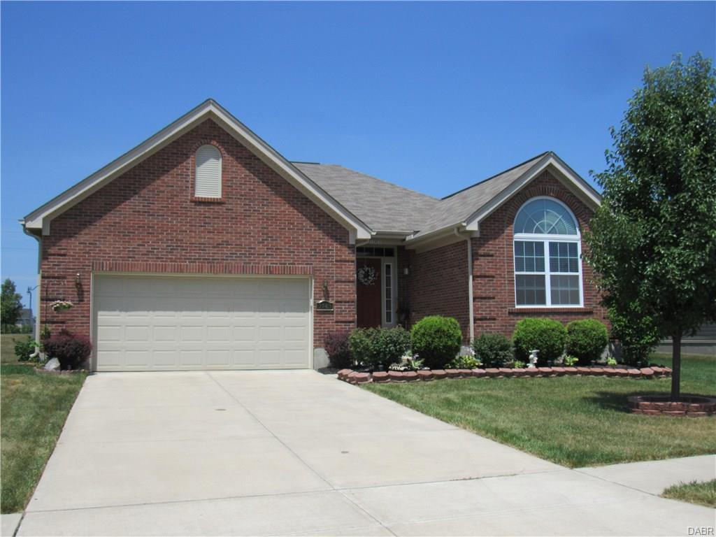 2143 Blazing Star Dr Huber Heights, OH