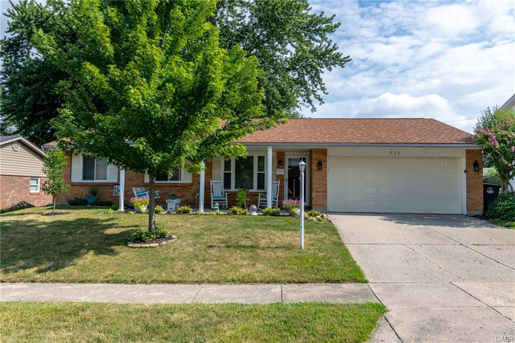 313 Pearhill Dr West Carrollton, OH