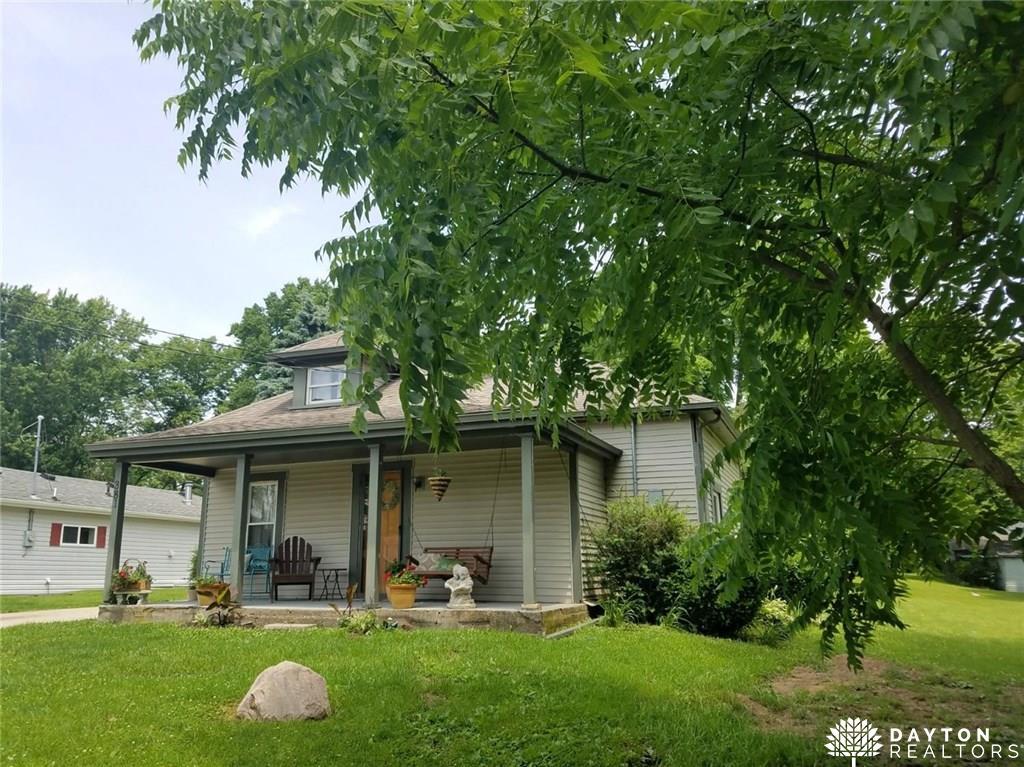 381 Grant St Harveysburg, OH
