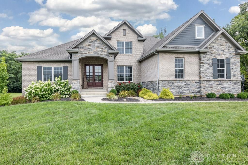 900 Creekview Dr Waynesville, OH