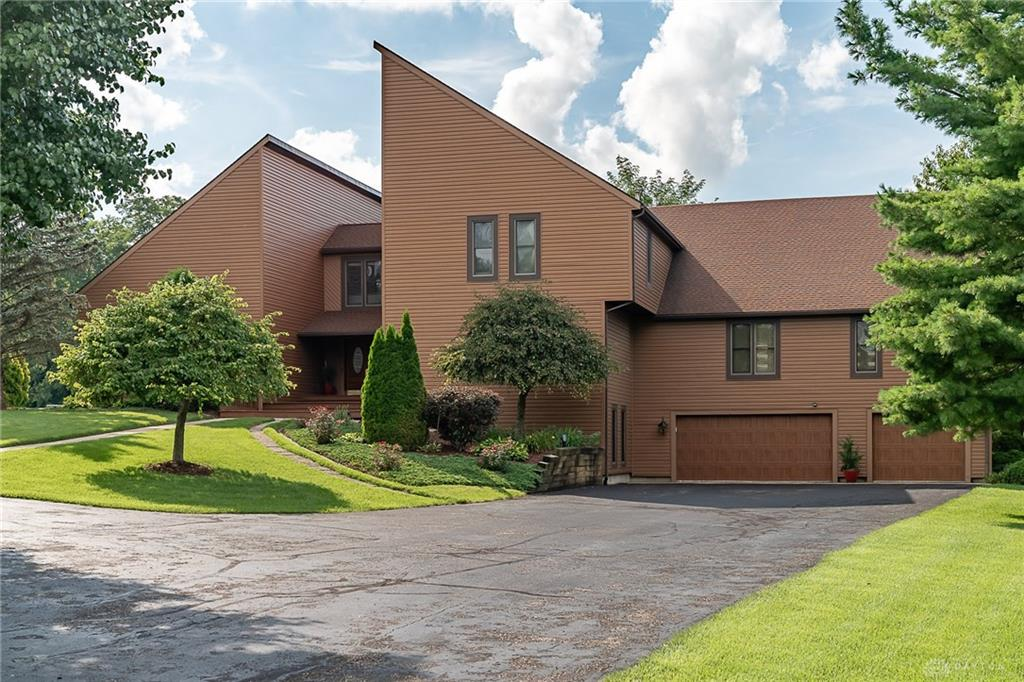 7807 Bellefontaine Rd Huber Heights, OH