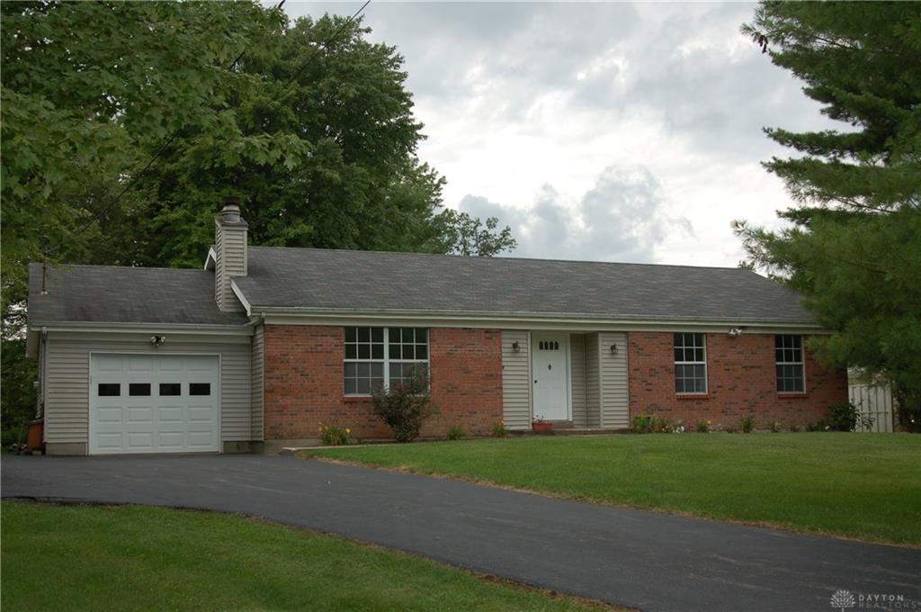 1833 Kirbett Rd Goshen, OH