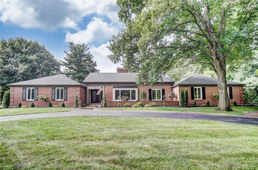228 Stonehaven Rd Kettering, OH