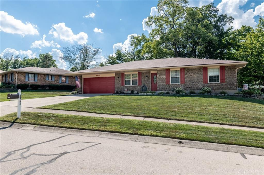 1353 Black Forest Dr West Carrollton, OH