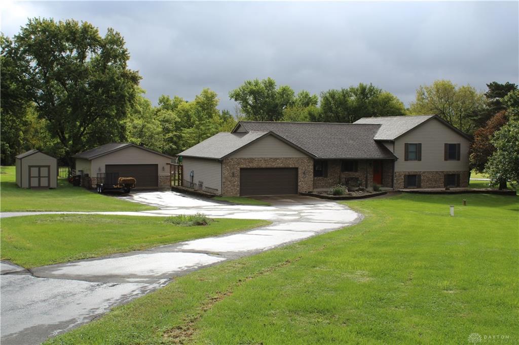 1360 S Johnsville Farmersvil Rd New Lebanon, OH