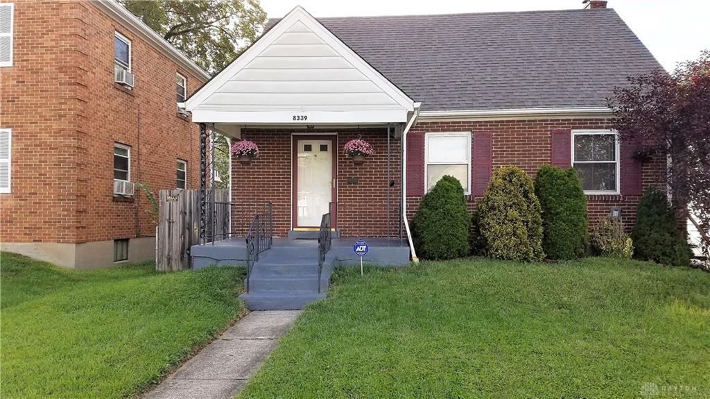 8339 Newbury Cincinnati, OH