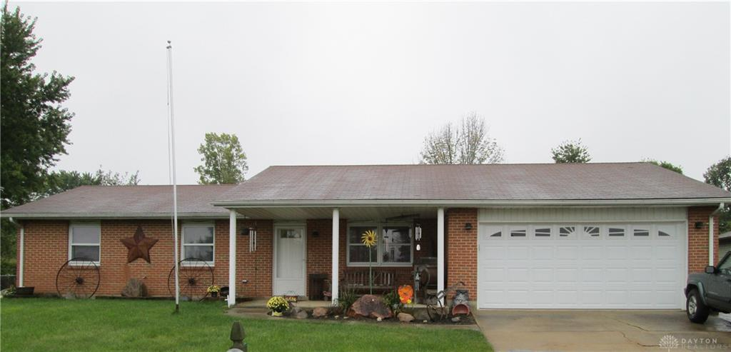 213 Apple Valley Dr Lewisburg, OH