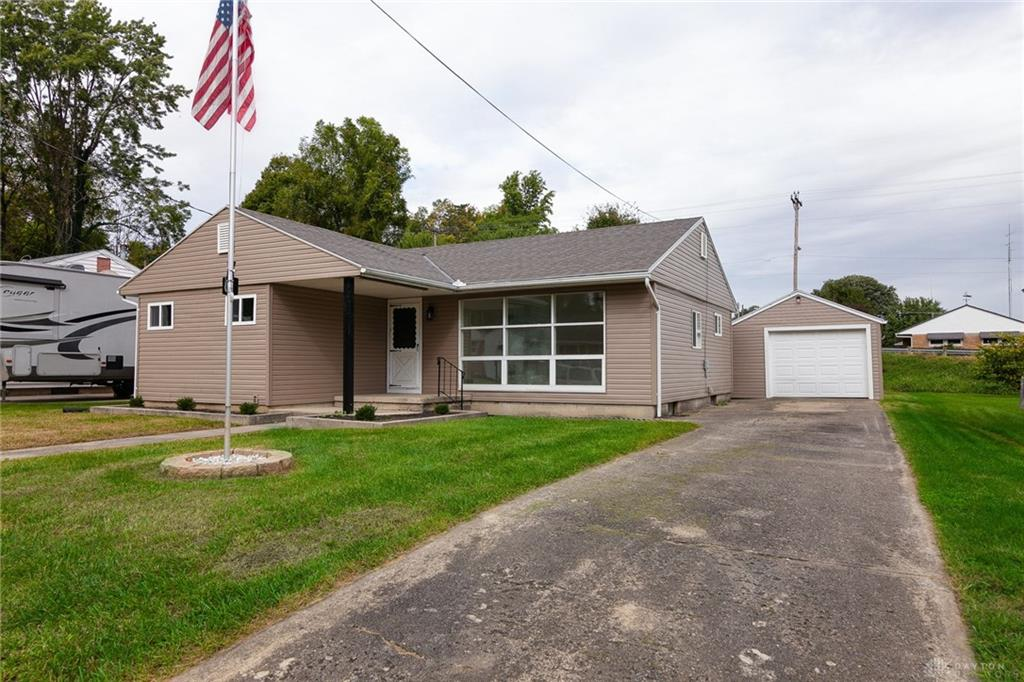 1148 Fisher Dr Piqua, OH