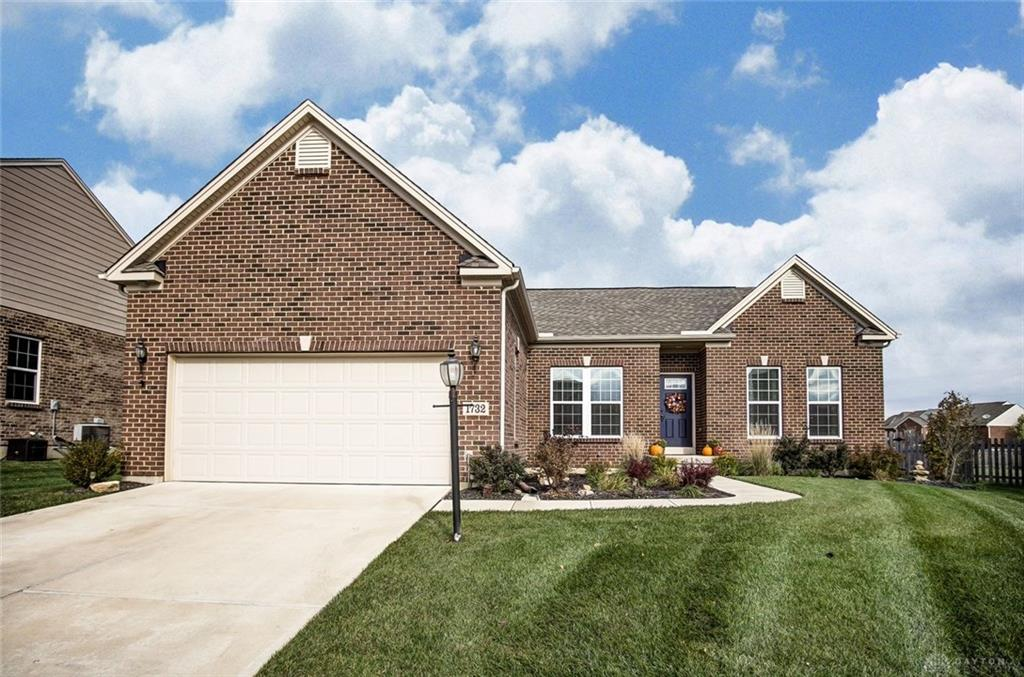 1732 Holly Brook Ct Centerville, OH