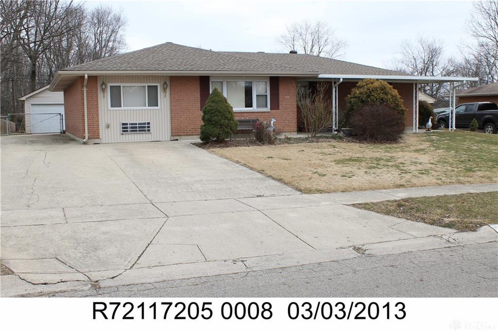 5914 Woodville Dr Dayton, OH