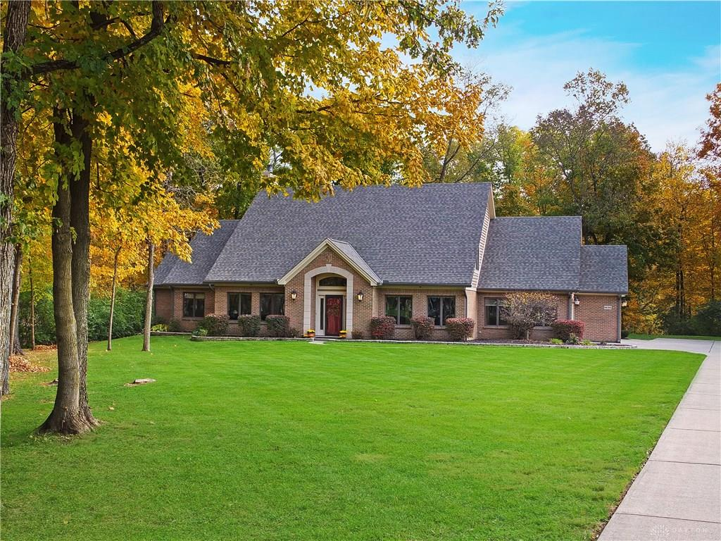 5630 Whispering Way Clearcreek Township, OH