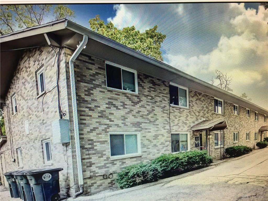 1330 W Hillcrest Ave Dayton, OH